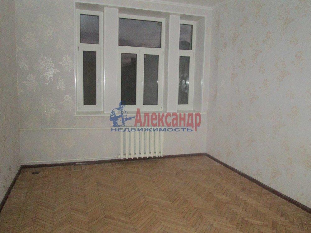 3-комнатная квартира (67м2) в аренду по адресу Савушкина ул., 11— фото 3 из 8
