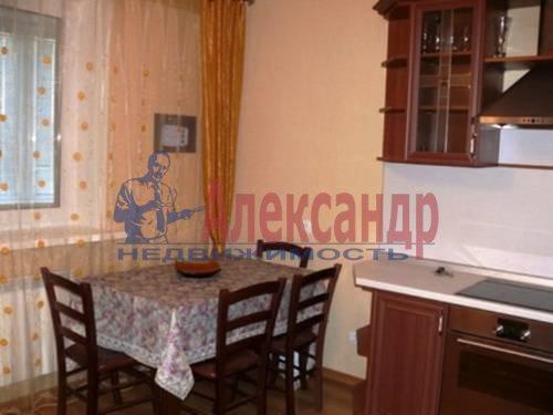 2-комнатная квартира (64м2) в аренду по адресу Солдата Корзуна ул., 58— фото 2 из 6