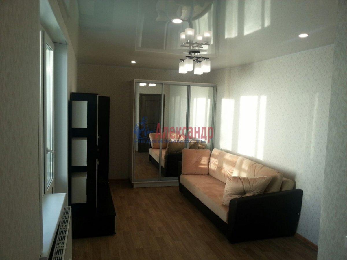 1-комнатная квартира (41м2) в аренду по адресу Мурино пос., Авиаторов Балтики пр., 5— фото 3 из 9