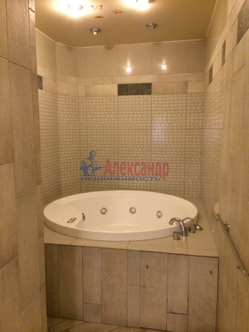 3-комнатная квартира (100м2) в аренду по адресу Московский просп., 173— фото 7 из 18