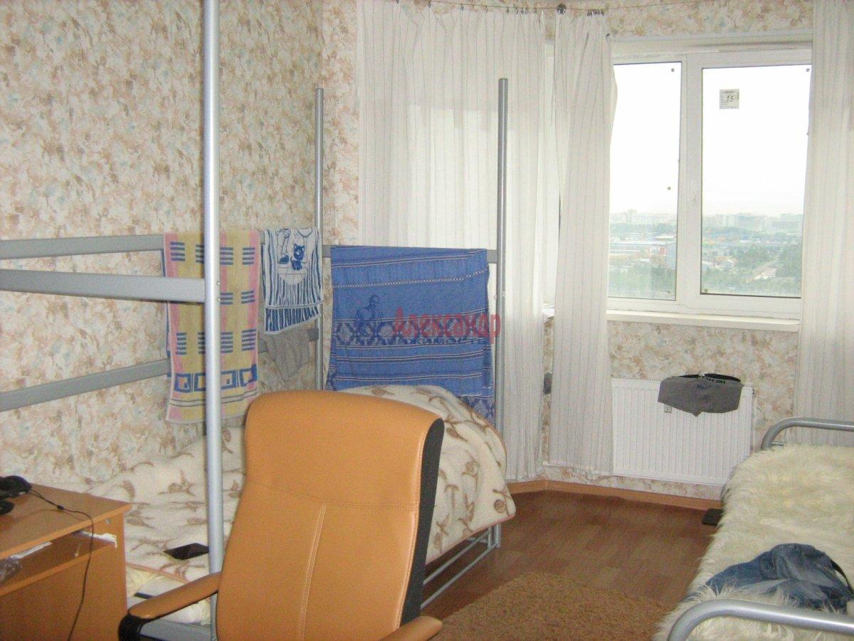 1-комнатная квартира (40м2) в аренду по адресу Парголово пос., Федора Абрамова ул., 8— фото 4 из 7