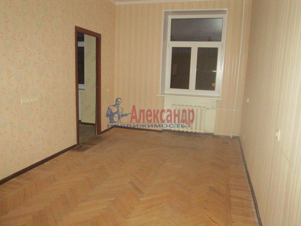 3-комнатная квартира (67м2) в аренду по адресу Савушкина ул., 11— фото 4 из 8