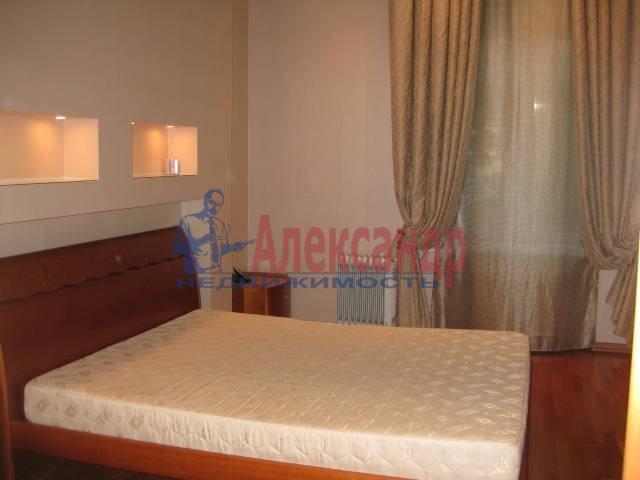 4-комнатная квартира (97м2) в аренду по адресу Реки Фонтанки наб., 50— фото 3 из 5