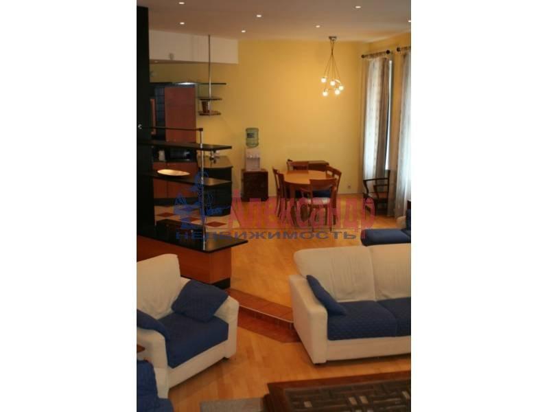 4-комнатная квартира (80м2) в аренду по адресу Полтавская ул., 8— фото 4 из 14