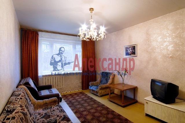 1-комнатная квартира (31м2) в аренду по адресу Димитрова ул., 4— фото 1 из 3
