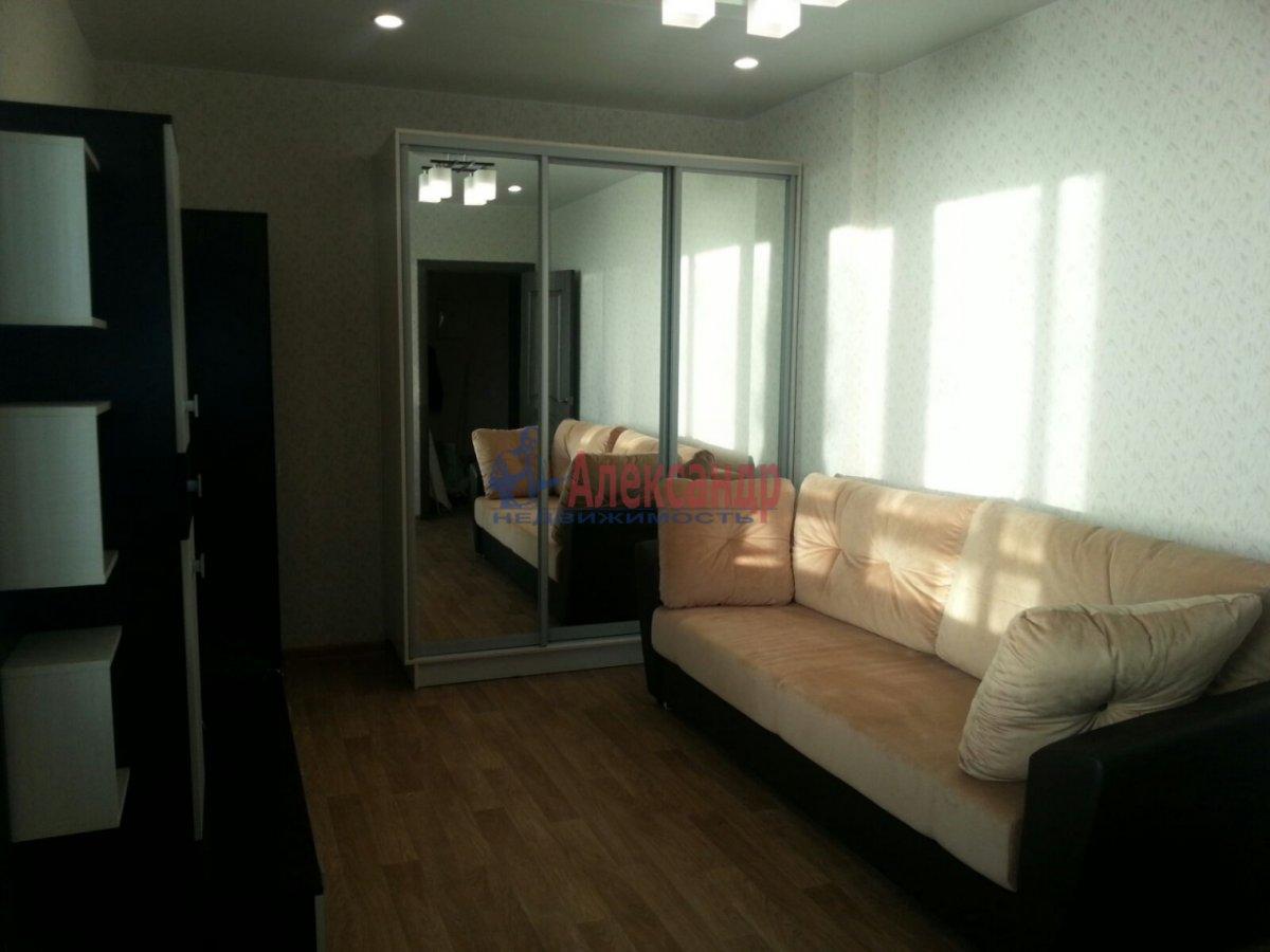1-комнатная квартира (41м2) в аренду по адресу Мурино пос., Авиаторов Балтики пр., 5— фото 1 из 9