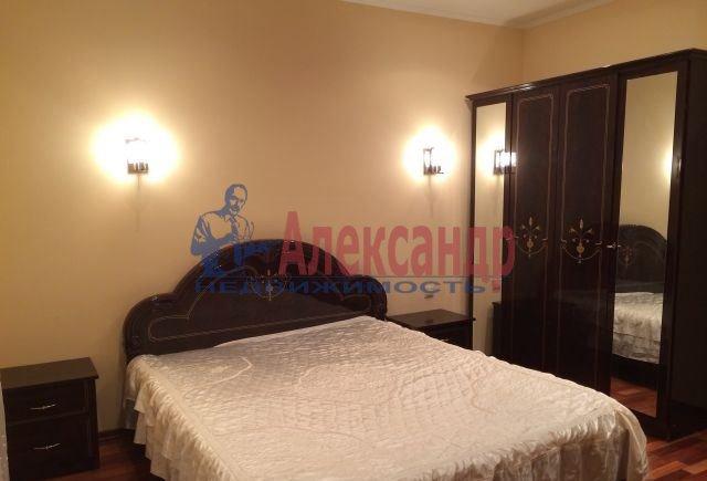 3-комнатная квартира (100м2) в аренду по адресу Ленинский пр., 114— фото 2 из 6