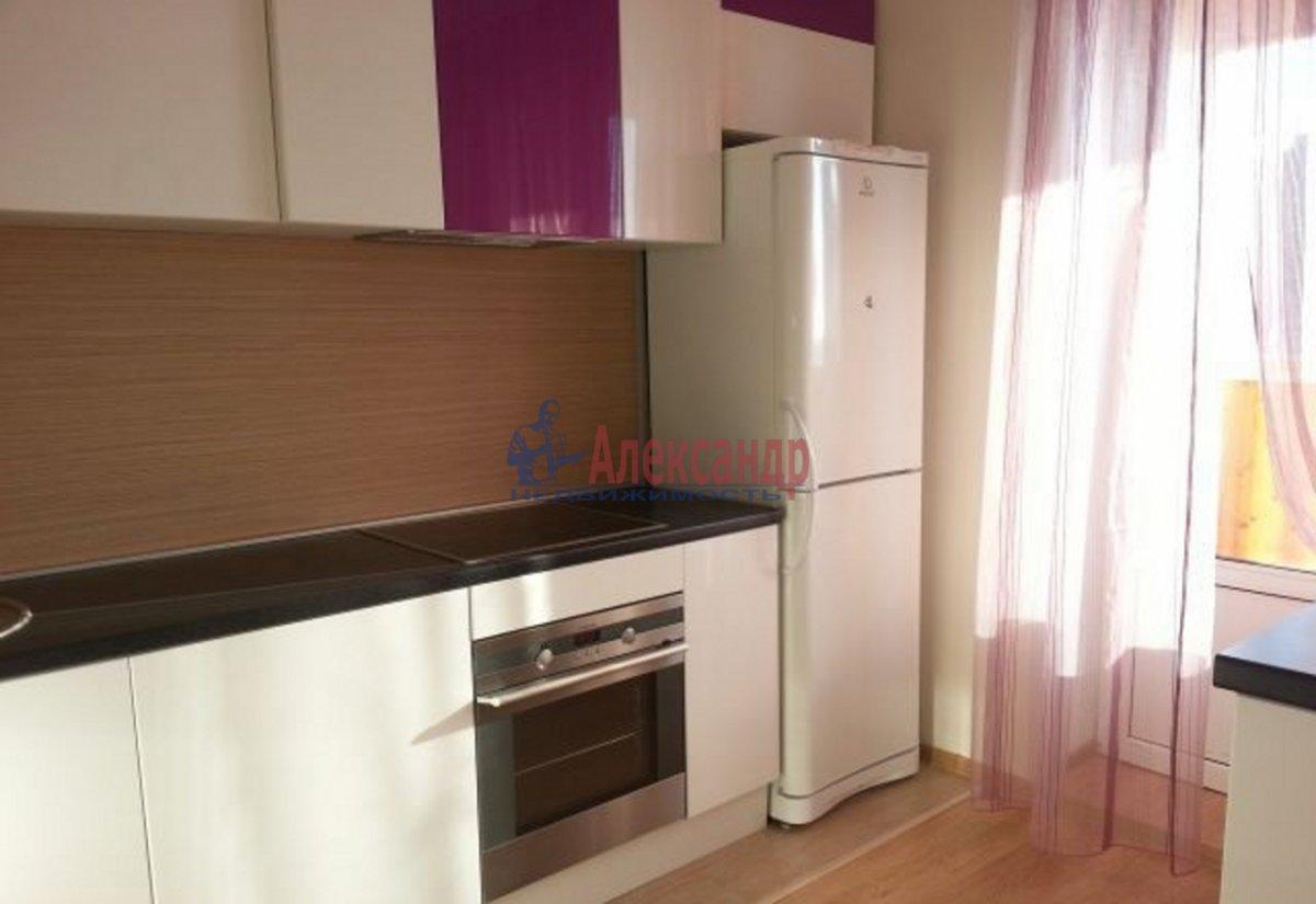 1-комнатная квартира (40м2) в аренду по адресу Яхтенная ул., 42— фото 2 из 3