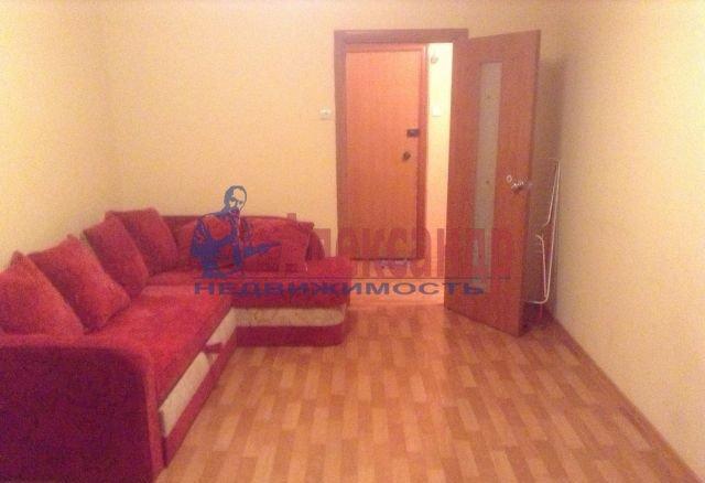 1-комнатная квартира (39м2) в аренду по адресу Малый В.О. пр., 65— фото 2 из 4