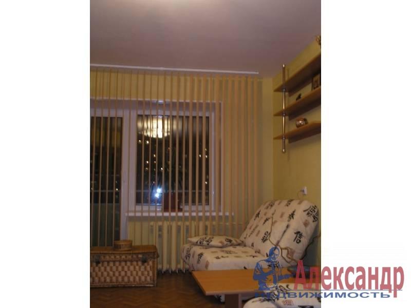 1-комнатная квартира (40м2) в аренду по адресу Маршала Казакова ул., 9— фото 5 из 5
