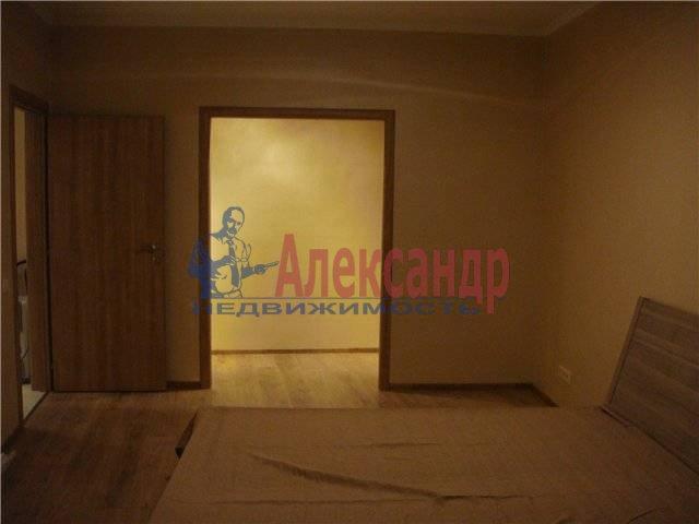 2-комнатная квартира (62м2) в аренду по адресу Матроса Железняка ул., 57— фото 3 из 6