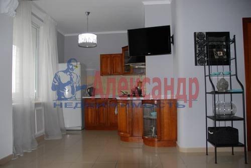 2-комнатная квартира (60м2) в аренду по адресу Лермонтовский пр., 30— фото 2 из 9