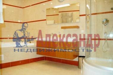 2-комнатная квартира (110м2) в аренду по адресу Рубинштейна ул., 3— фото 4 из 4