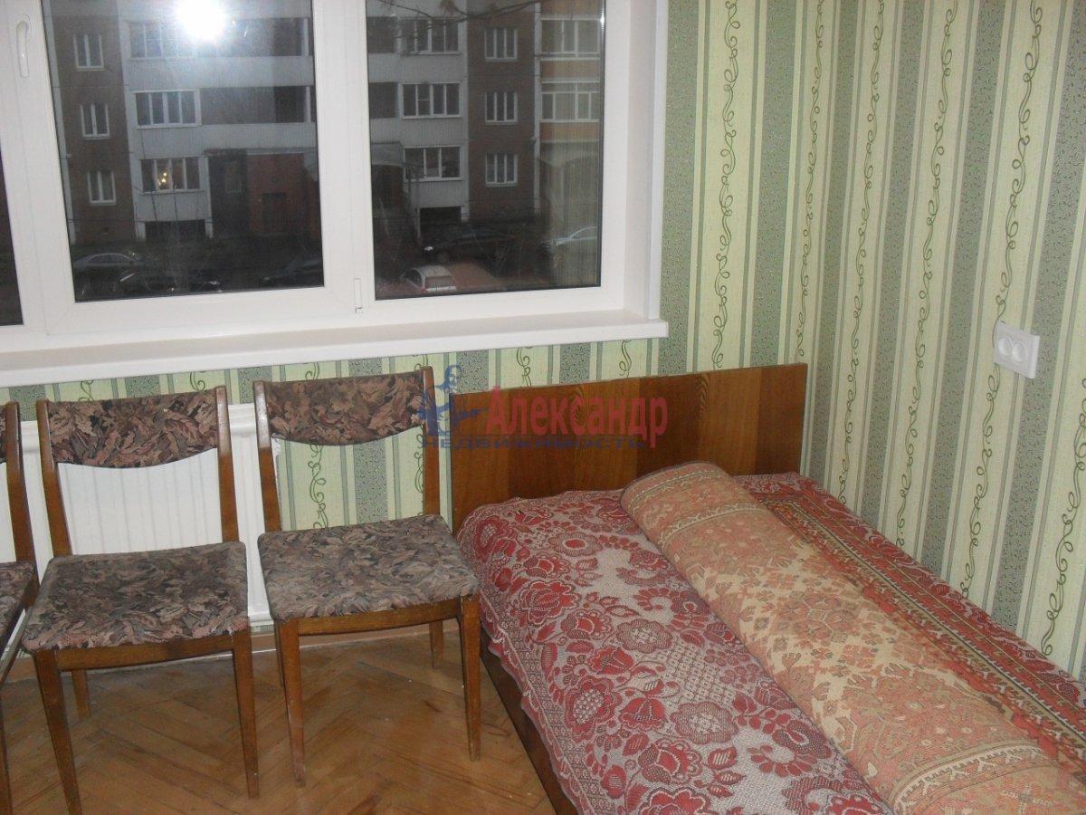 2-комнатная квартира (50м2) в аренду по адресу Софийская ул., 35— фото 4 из 9