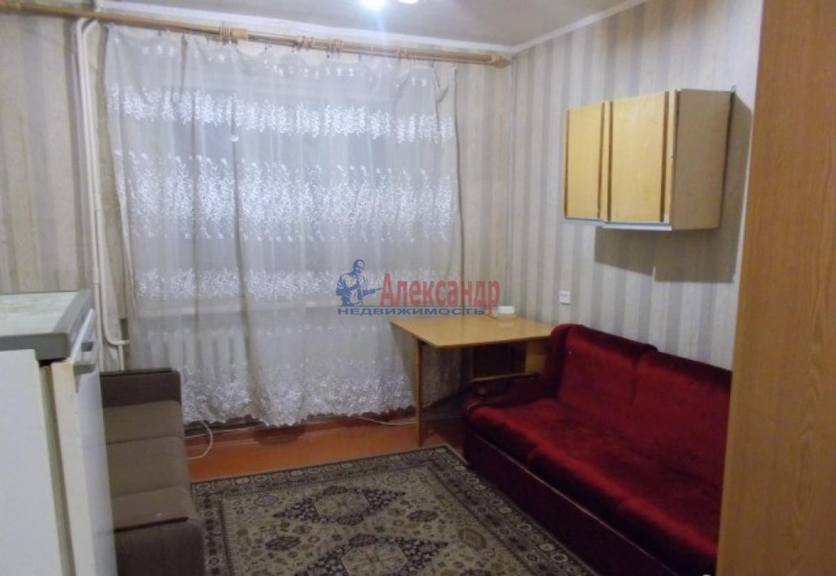 Комната в 4-комнатной квартире (72м2) в аренду по адресу Дачный пр., 5— фото 2 из 4