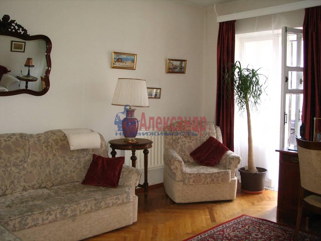 4-комнатная квартира (120м2) в аренду по адресу Канала Грибоедова наб., 93— фото 2 из 3