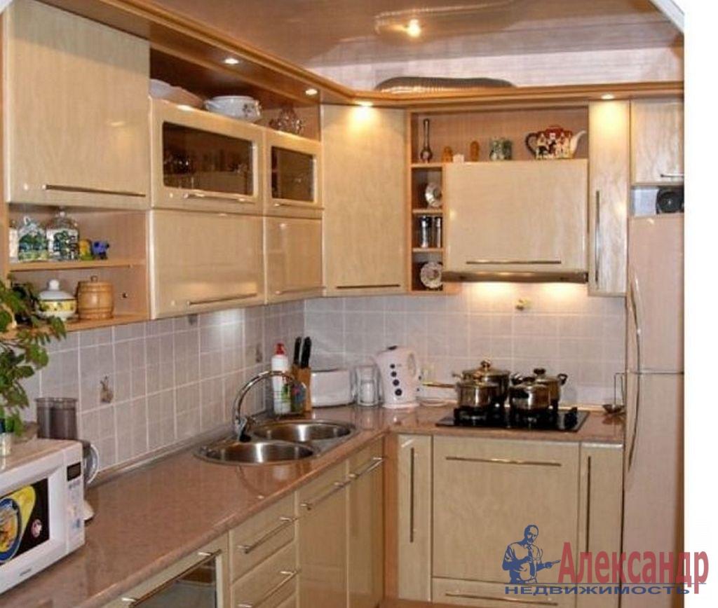 1-комнатная квартира (36м2) в аренду по адресу Новоизмайловский просп., 46— фото 2 из 3