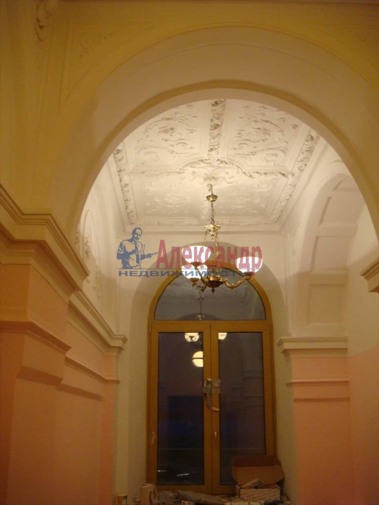 2-комнатная квартира (40м2) в аренду по адресу Дворцовая наб., 14— фото 4 из 5