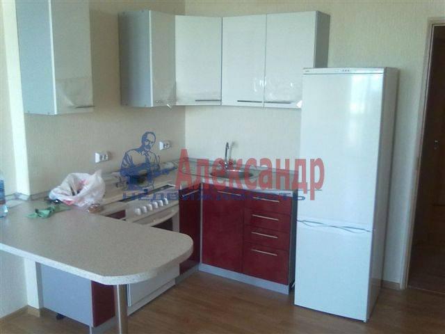 1-комнатная квартира (35м2) в аренду по адресу Нейшлотский пер., 11— фото 1 из 8