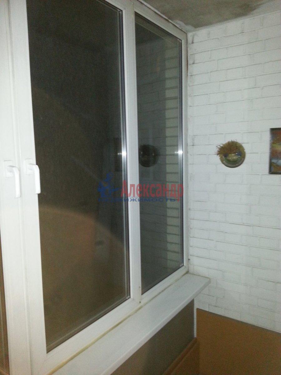 1-комнатная квартира (48м2) в аренду по адресу Ленсовета ул., 88— фото 13 из 18