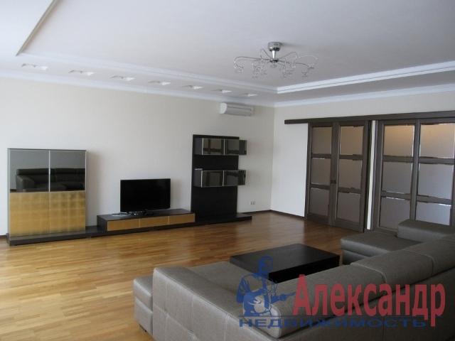 2-комнатная квартира (57м2) в аренду по адресу Брюсовская ул., 11— фото 1 из 3