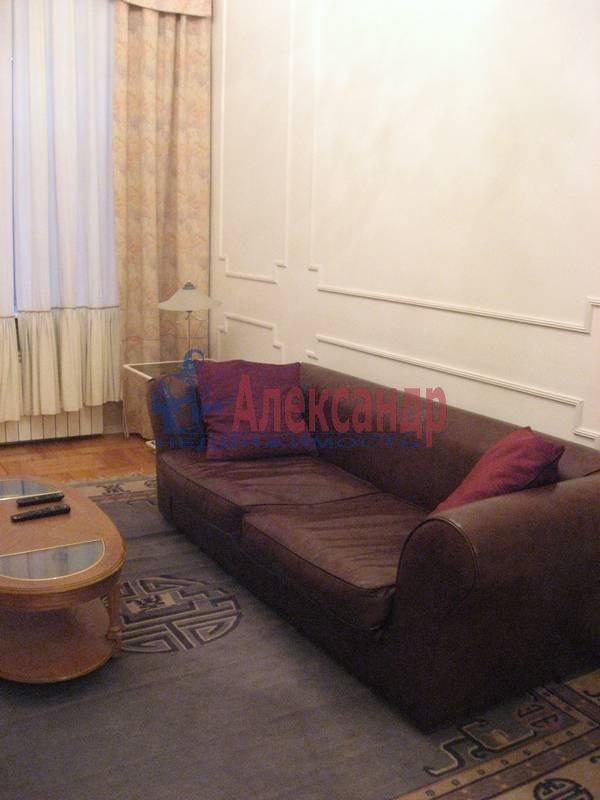 4-комнатная квартира (160м2) в аренду по адресу Рубинштейна ул., 3— фото 5 из 23