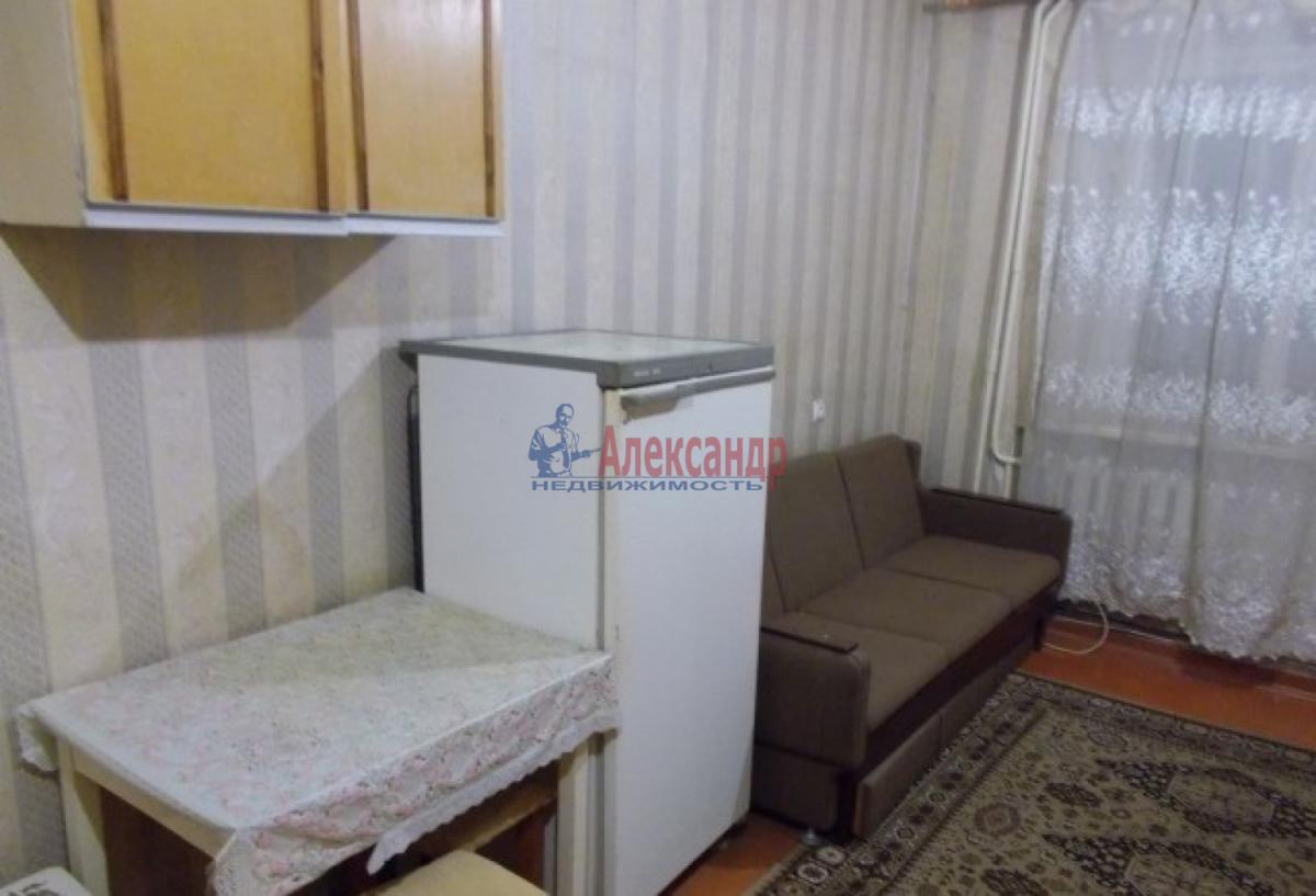 Комната в 4-комнатной квартире (72м2) в аренду по адресу Дачный пр., 5— фото 3 из 4