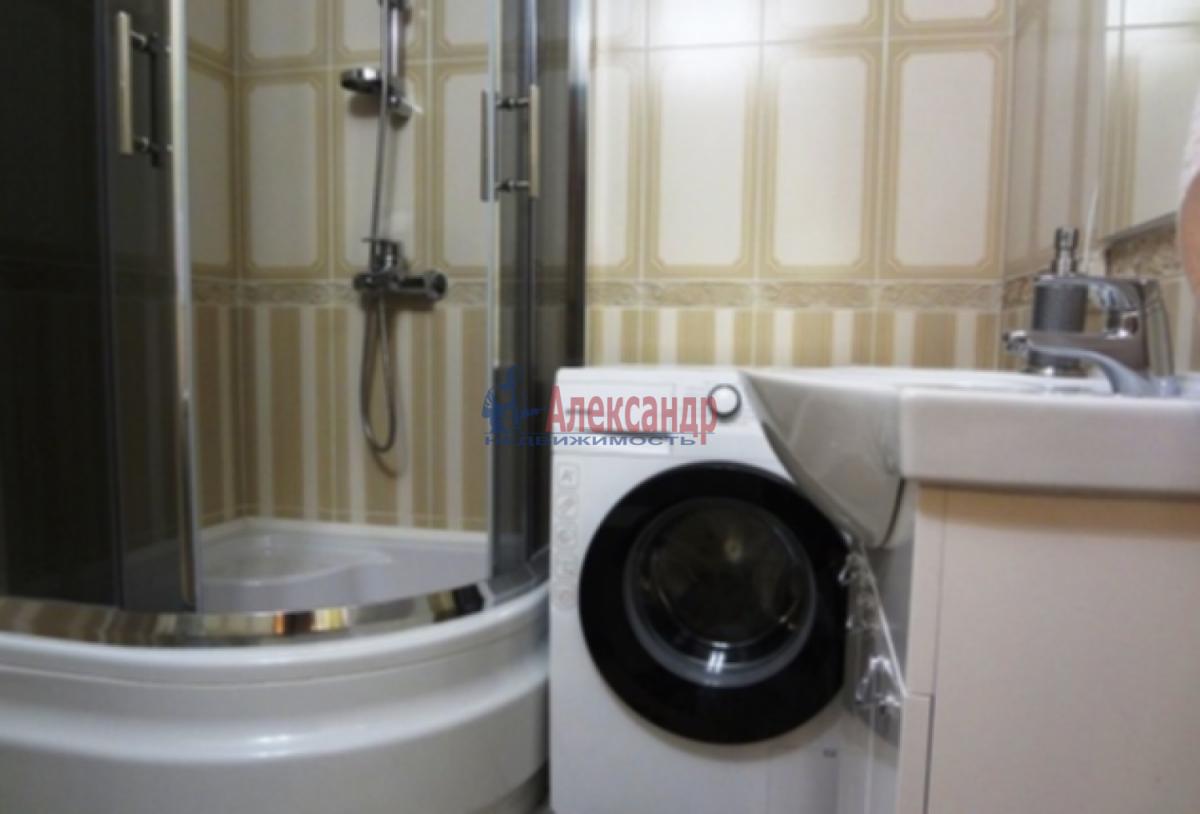 1-комнатная квартира (38м2) в аренду по адресу Бабушкина ул., 82— фото 3 из 4