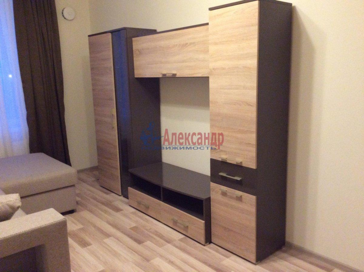 1-комнатная квартира (42м2) в аренду по адресу Петергофское шос., 57— фото 8 из 9