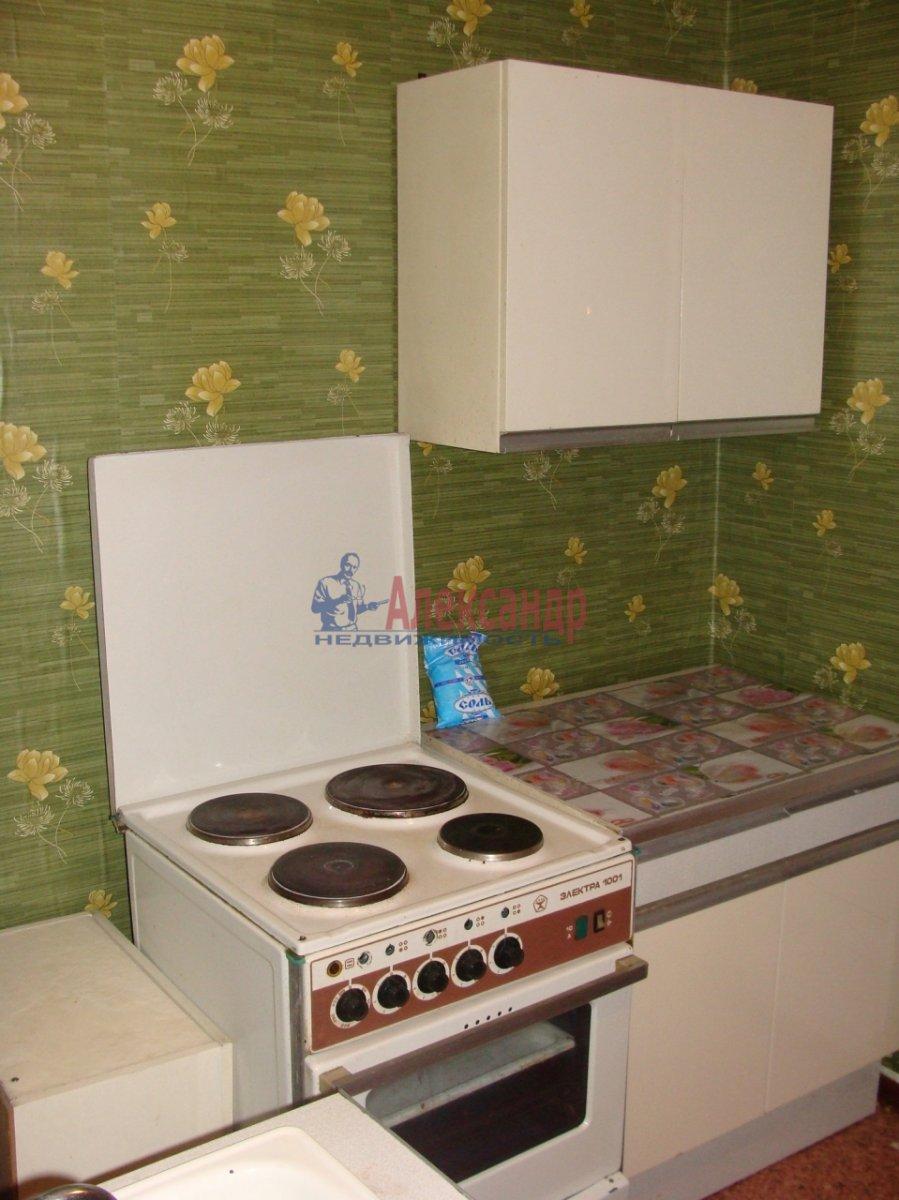 1-комнатная квартира (32м2) в аренду по адресу Энгельса пр., 107— фото 1 из 5