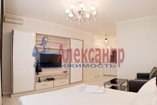 1-комнатная квартира (54м2) в аренду по адресу Всеволода Вишневского ул., 13— фото 2 из 8