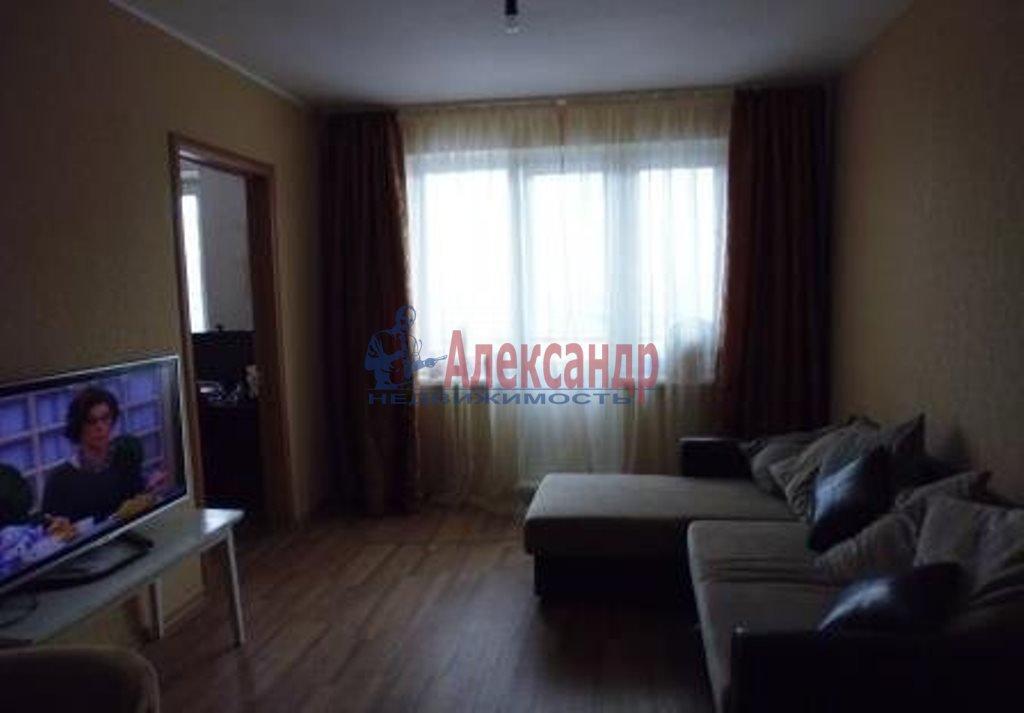 1-комнатная квартира (35м2) в аренду по адресу Дальневосточный пр., 38— фото 1 из 3
