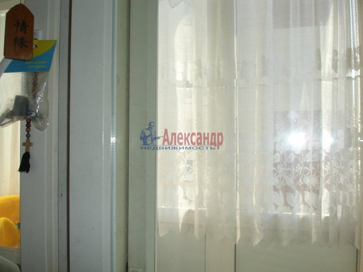 1-комнатная квартира (32м2) в аренду по адресу Заневский пр., 51— фото 3 из 6