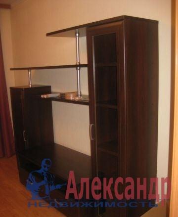1-комнатная квартира (37м2) в аренду по адресу Ветеранов пр., 47— фото 2 из 6