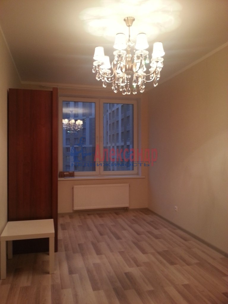 1-комнатная квартира (41м2) в аренду по адресу Ленинский пр., 151— фото 7 из 13
