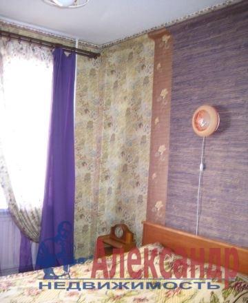 2-комнатная квартира (39м2) в аренду по адресу Шелгунова ул., 8— фото 2 из 3