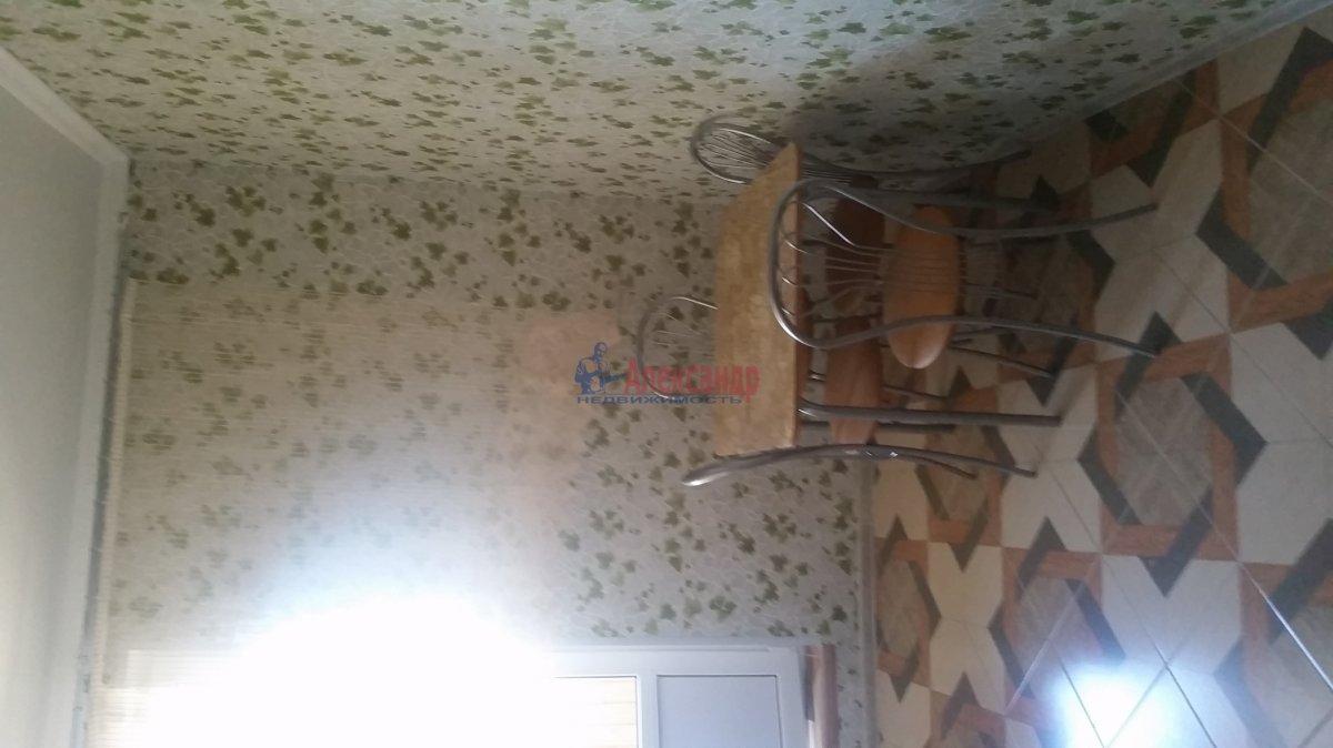 2-комнатная квартира (59м2) в аренду по адресу Обуховской Обороны пр., 110— фото 17 из 18