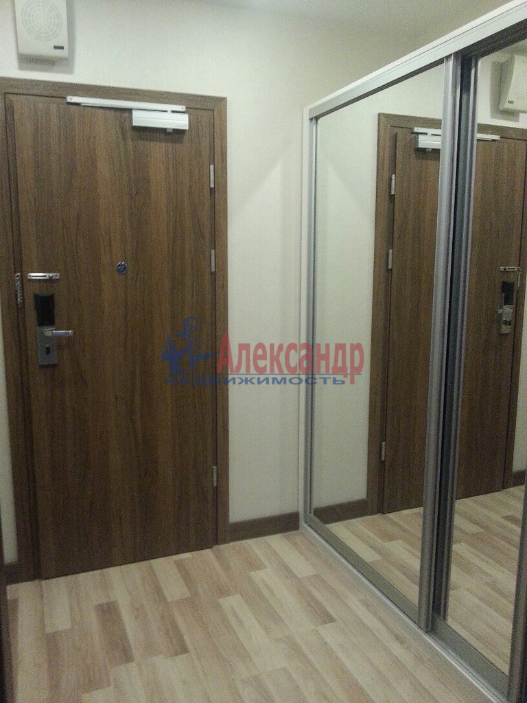 1-комнатная квартира (40м2) в аренду по адресу Обуховской Обороны пр., 138— фото 10 из 10