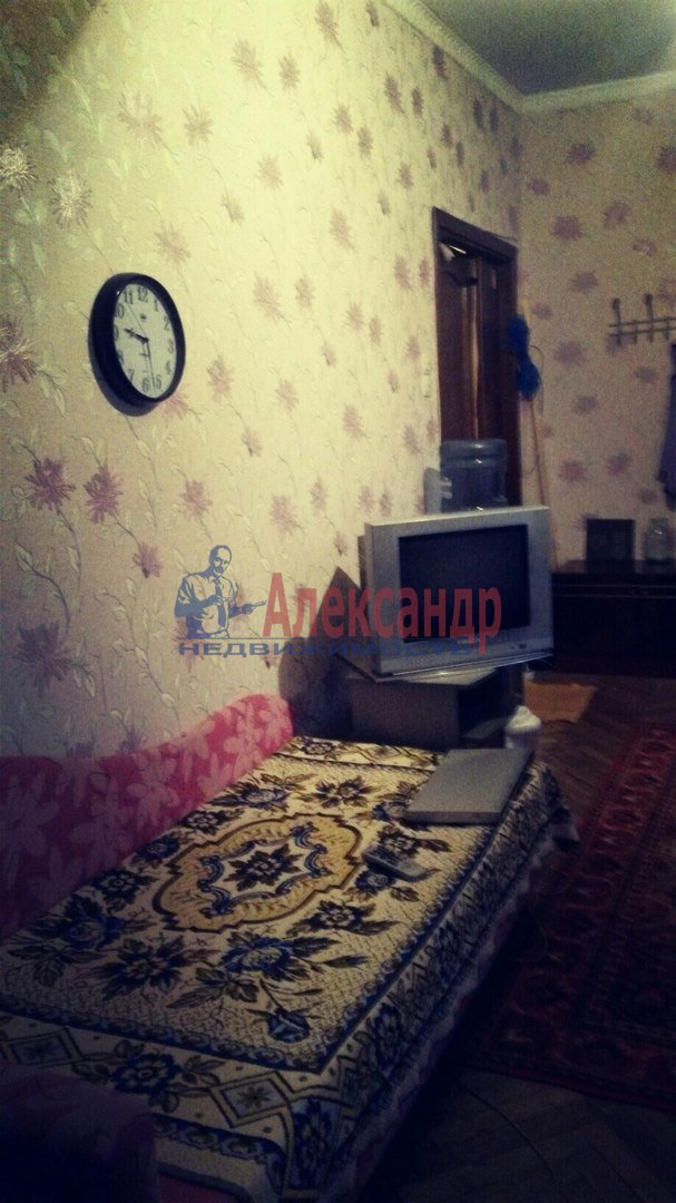 Комната в 2-комнатной квартире (47м2) в аренду по адресу Понтонный пос., Заводская ул., 3— фото 3 из 3
