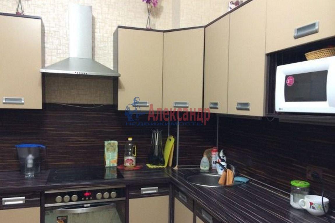 1-комнатная квартира (36м2) в аренду по адресу Учительская ул., 18— фото 2 из 3