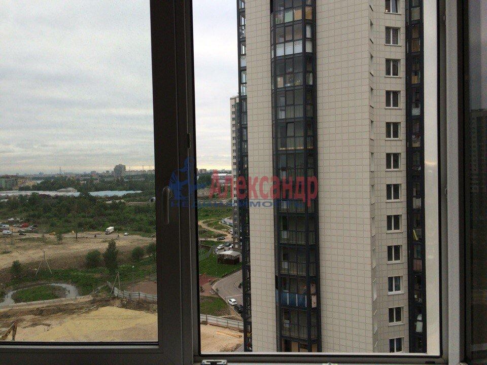 1-комнатная квартира (40м2) в аренду по адресу Русановская ул., 17— фото 7 из 7