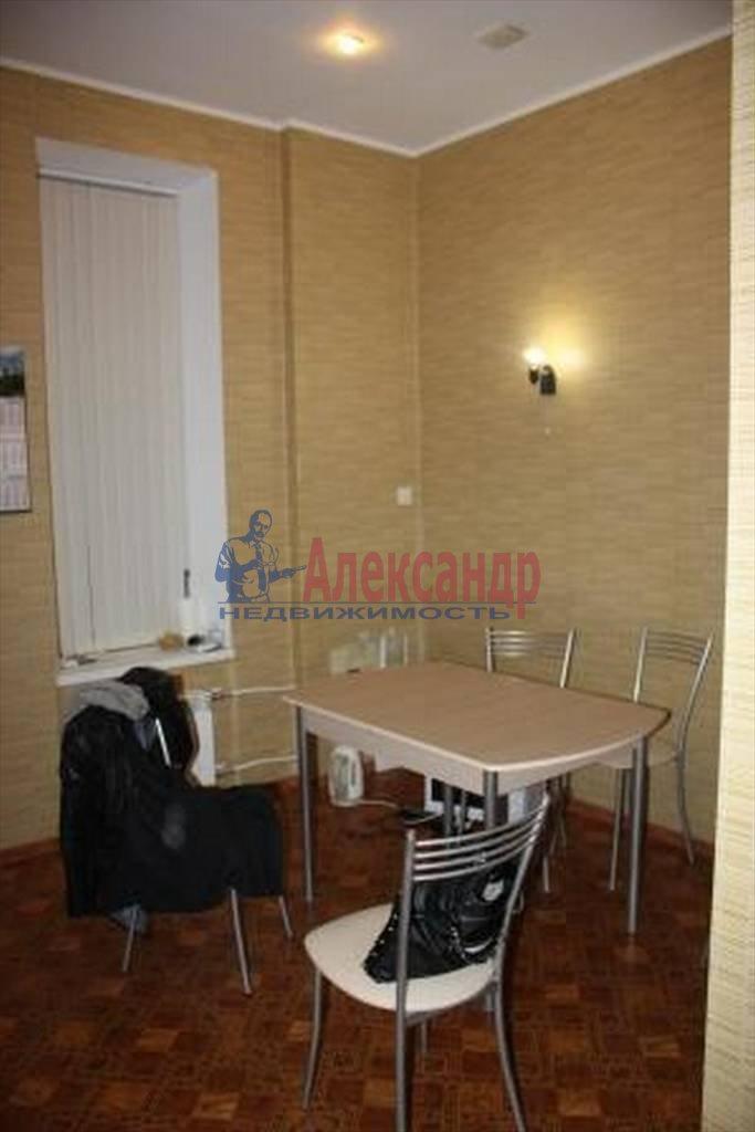 4-комнатная квартира (107м2) в аренду по адресу Мытнинская ул., 5— фото 4 из 5