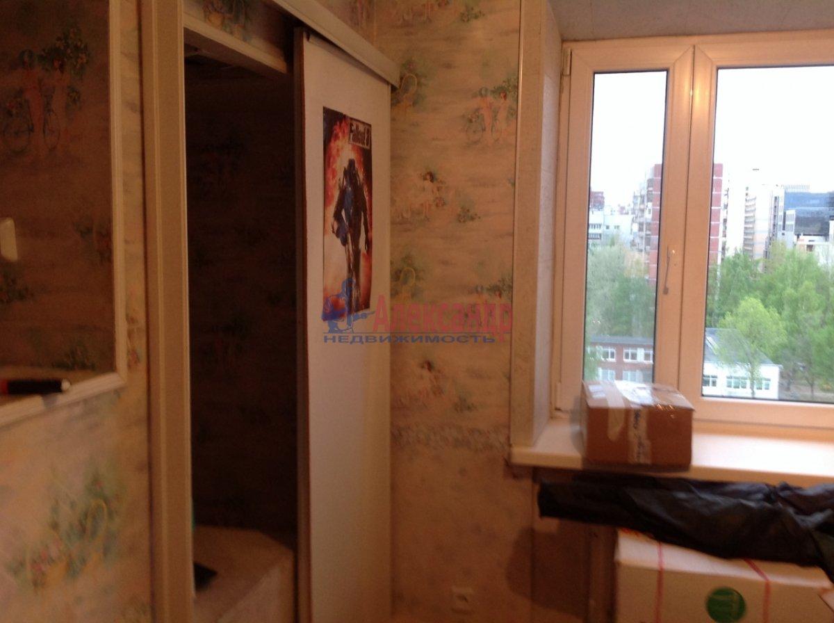 3-комнатная квартира (70м2) в аренду по адресу Новосмоленская наб., 1— фото 5 из 6