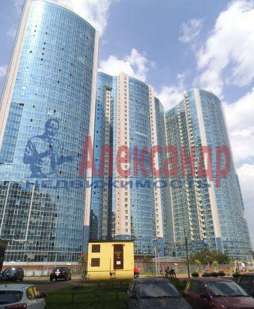 2-комнатная квартира (78м2) в аренду по адресу Обуховской Обороны пр., 138— фото 4 из 4