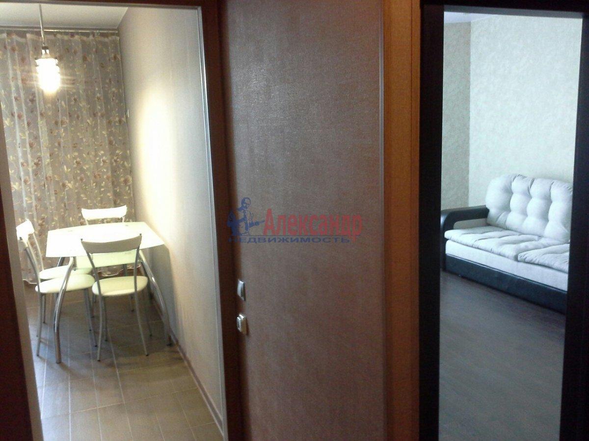 1-комнатная квартира (44м2) в аренду по адресу Белы Куна ул., 1— фото 4 из 14