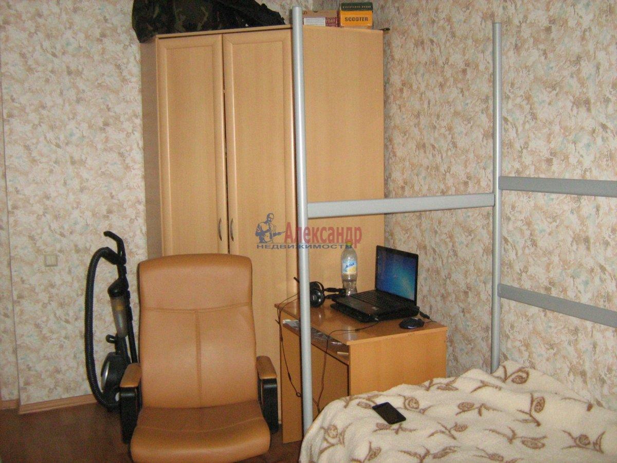 1-комнатная квартира (40м2) в аренду по адресу Парголово пос., Федора Абрамова ул., 8— фото 5 из 7