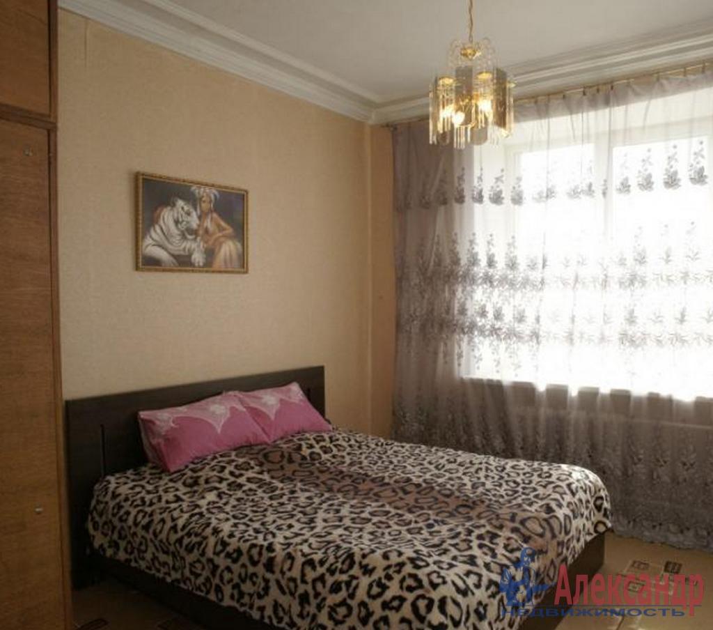 2-комнатная квартира (44м2) в аренду по адресу Софийская ул., 48— фото 2 из 4