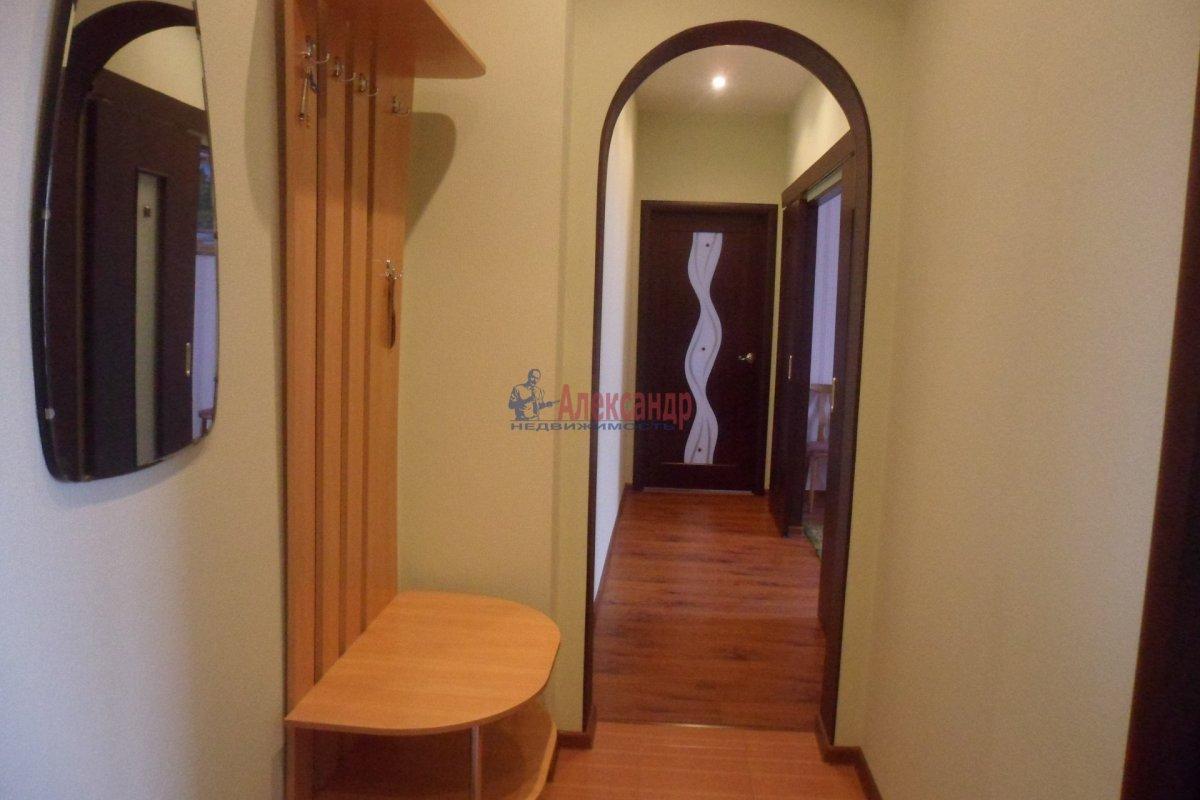 2-комнатная квартира (30м2) в аренду по адресу Сортавала г., Комсомольская ул., 8— фото 1 из 7