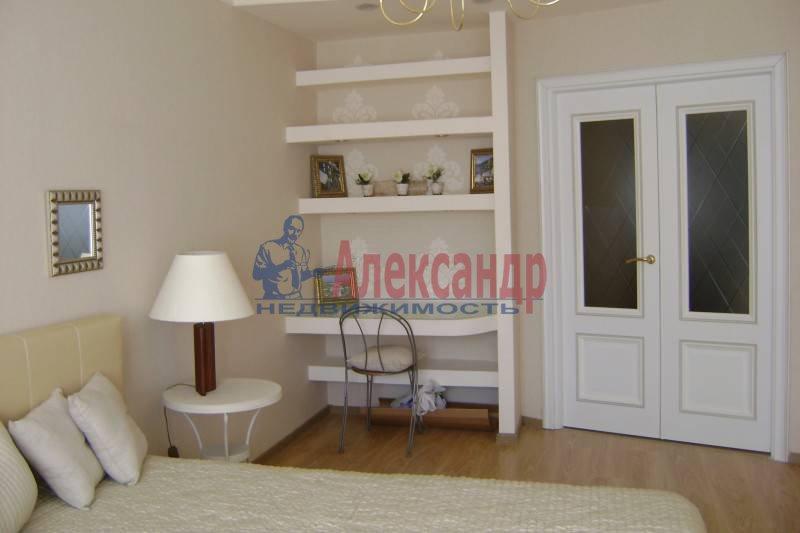 1-комнатная квартира (42м2) в аренду по адресу Ильюшина ул., 10— фото 1 из 3