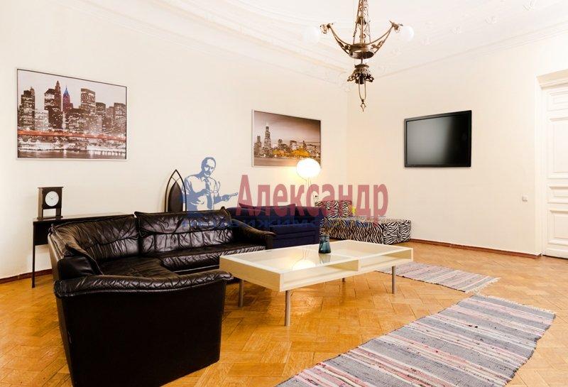 2-комнатная квартира (90м2) в аренду по адресу Восстания пл., 25— фото 1 из 11